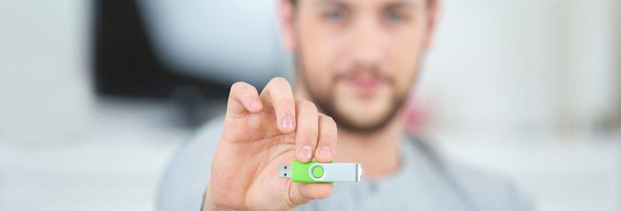 Offrir des clés USB personnalisées pour fidéliser ses clients